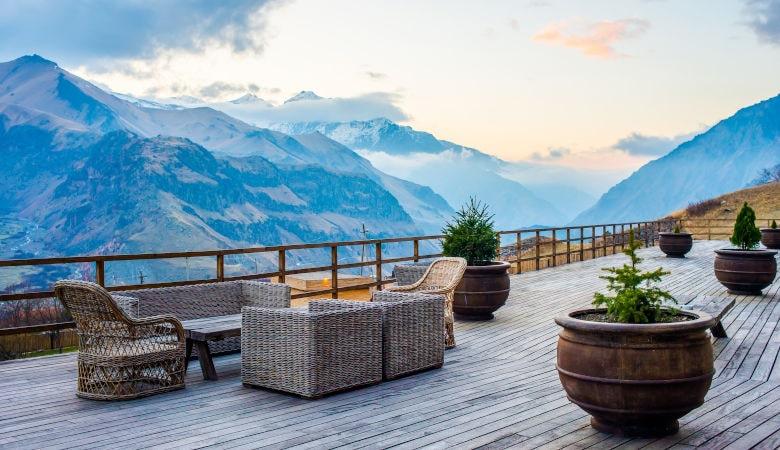 Erholung und Entspannung in den Alpen im Sommer