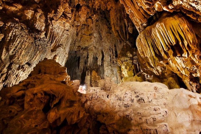 Die Teufelshöhle bei Pottenstein