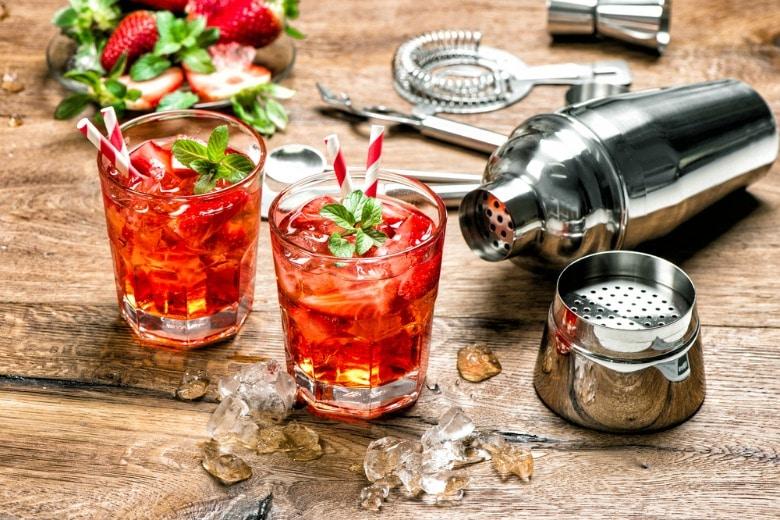 gin cocktails selber machen die top 10 f r ihren urlaub im ferienhaus. Black Bedroom Furniture Sets. Home Design Ideas