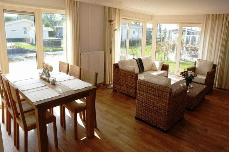 ferienhaus in holland direkt am meer 5 favoriten vom spezialisten. Black Bedroom Furniture Sets. Home Design Ideas
