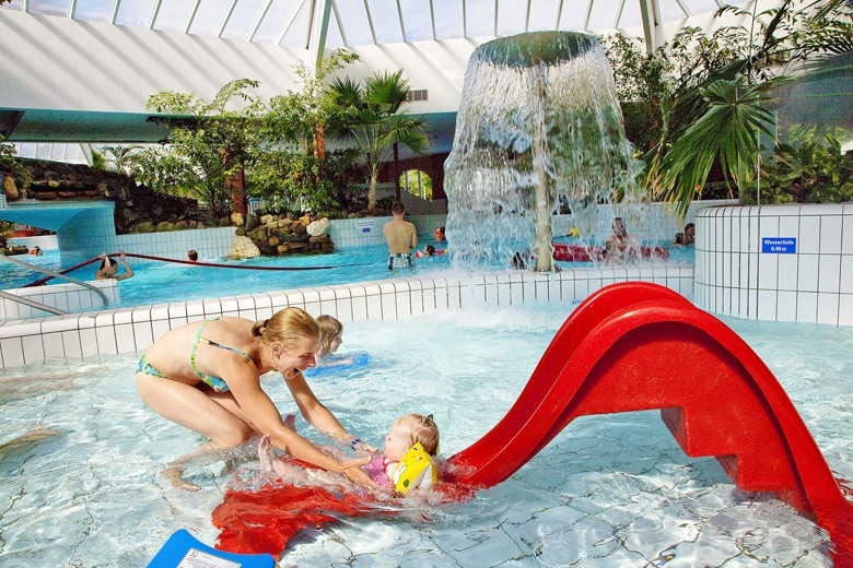 Urlaub mit Schwimmbad inklusive bei Center Parcs Perk Eifel Aqua Mundo