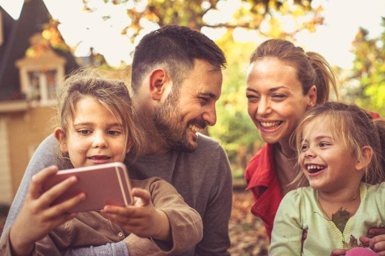 """famzy: Die etwas andere """"Dating""""-App für Eltern?!"""