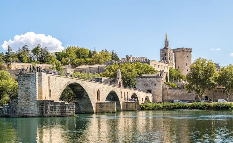 Avignon mit dem Palast der Päpste