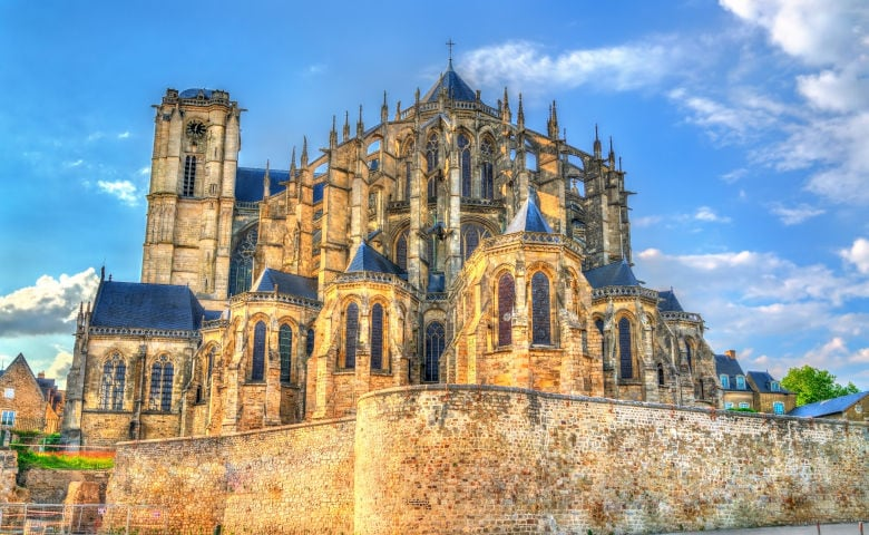 Le Mans mit einer der größten Kathedrale Frankreichs