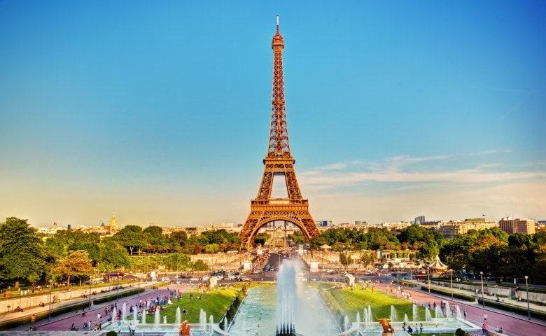 Frankreichs Hauptstadt Paris mit Eiffelturm