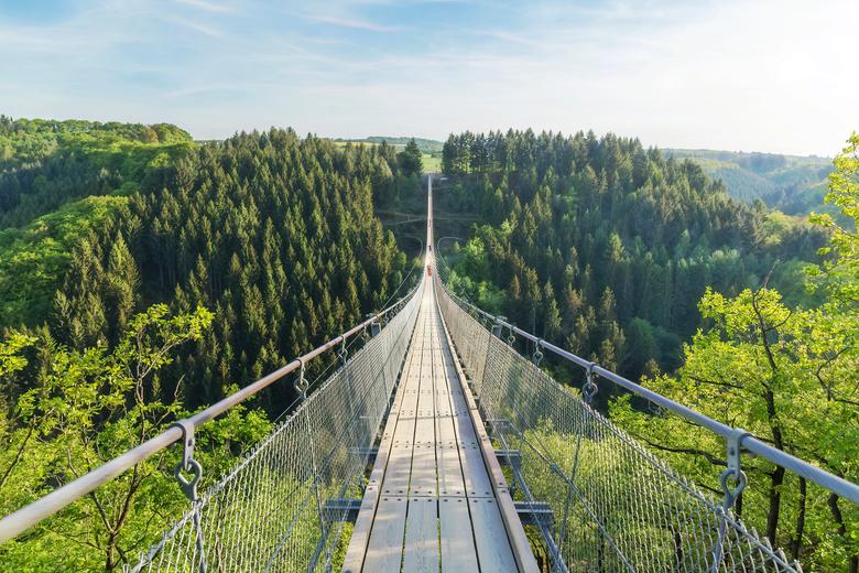 Günstiger Familienurlaub in Deutschland Hängebrücke Geierlay
